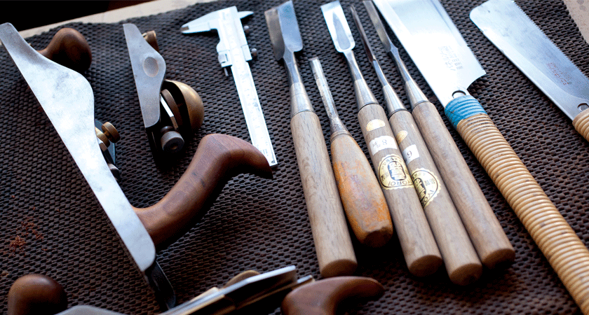 Andrew Bartlett Tools.  Creator of the Ampoule wooden display case